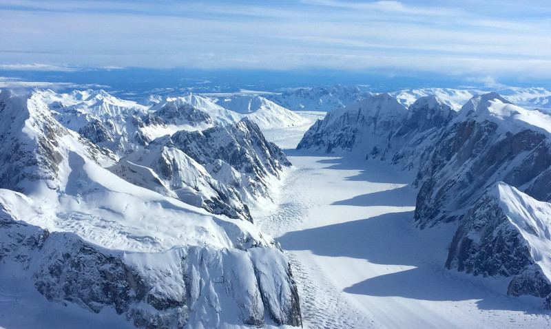 Charter an Alaska back country skiing trip with Trygg Air