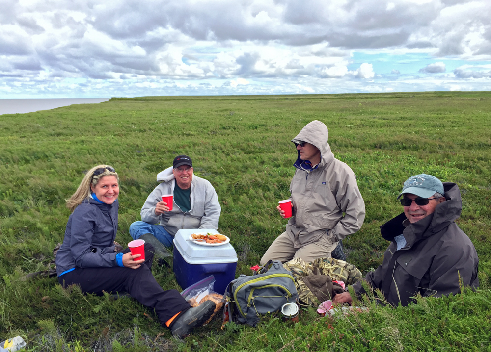 Enjoy a remote lunch during your wildlife viewing and flightseeing adventure with Trygg Air in Alaska.